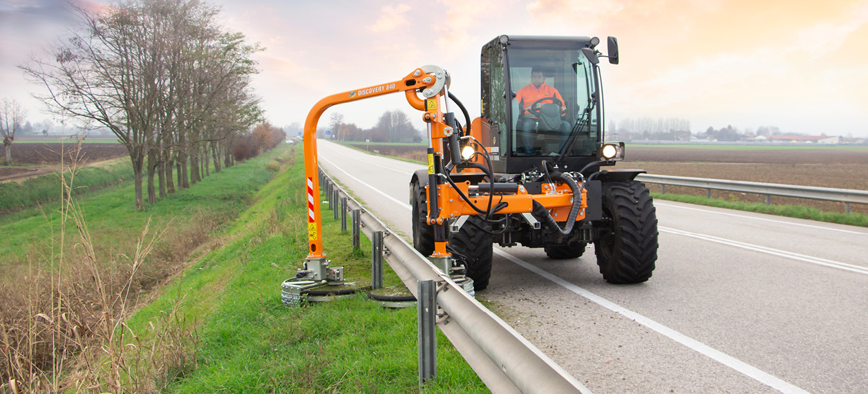 professional equipment - raiber - road service - energreen professional machines