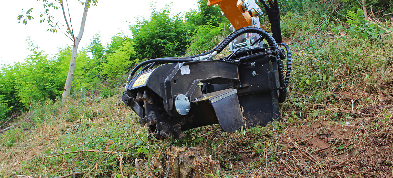 professional equipment - stump grinder - forestry works - energreen professional machines